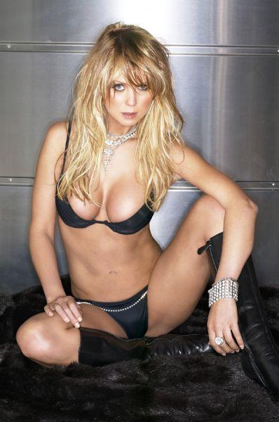 Tara Reid - Les stars nues